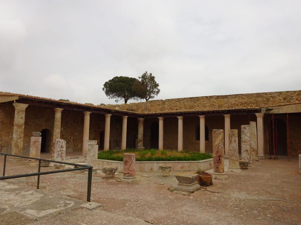 トフェ遺跡