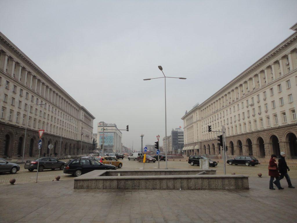 スヴェダ・ネデリャ広場
