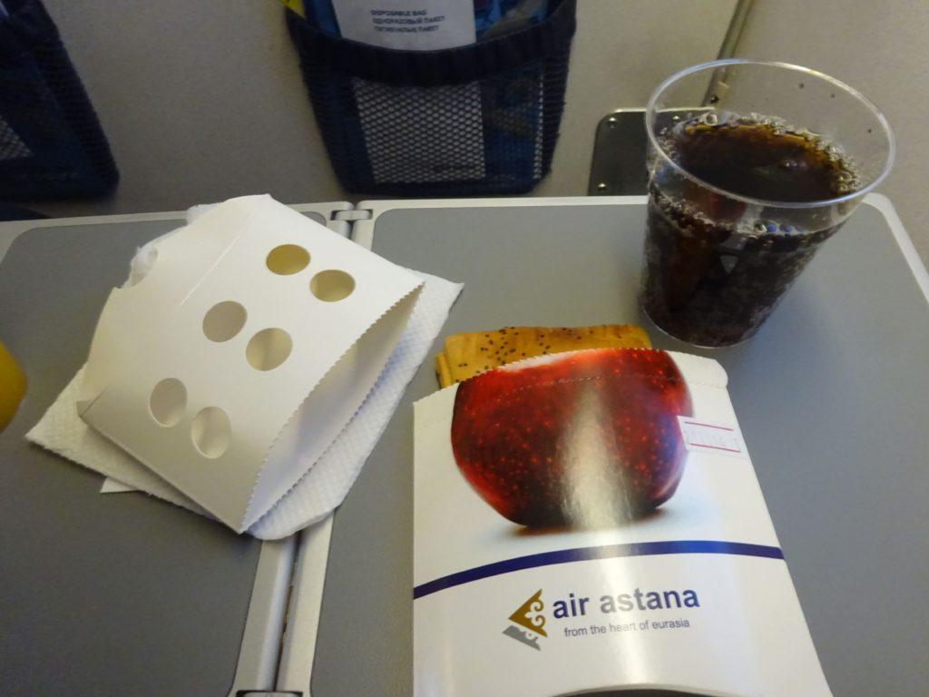 エアアスタナ機内食