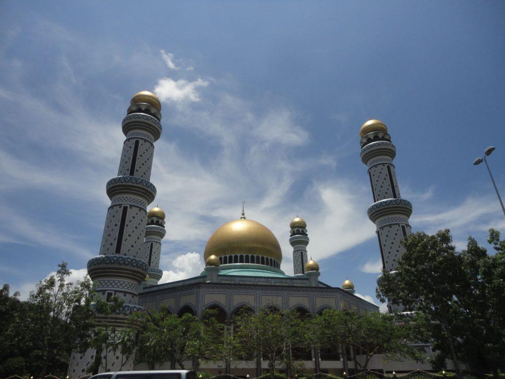 ジャメ・アスル・ハッサナル・ボルキア・モスク